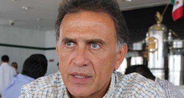 Javier Duarte interpone demanda contra su sucesor Miguel Ángel Yunes