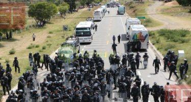 Maestros de la Sección 22 de la CNTE bloquean carreteras en Oaxaca