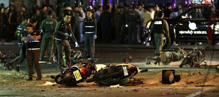 Explosiones causan cuatro muertos y decenas de heridos en zonas turísticas de Tailandia