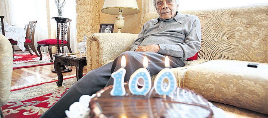 Nacho Trelles, leyenda del futbol mexicano, cumplió cien años