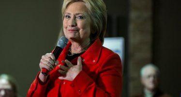 Hillary Clinton regresa a su campaña electoral