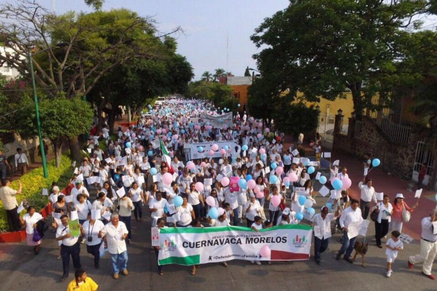 Marcha por la familia en Cuernavaca
