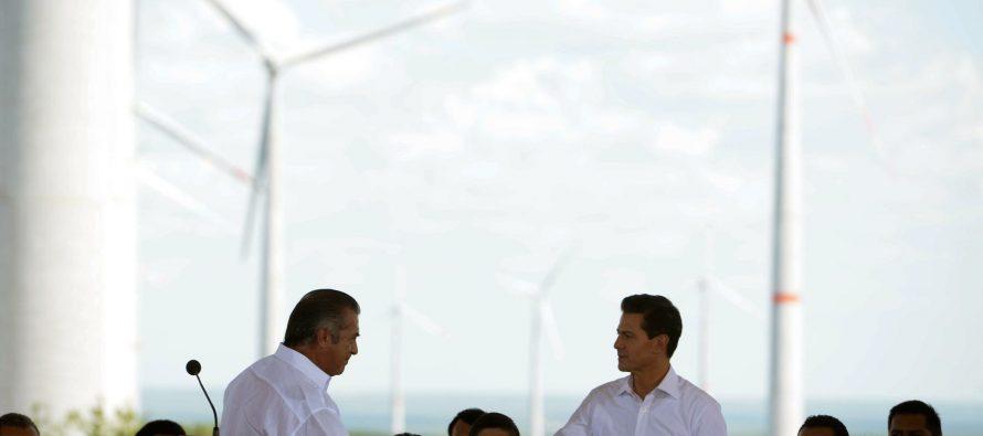 EPN inauguró parque eólico en Nuevo León