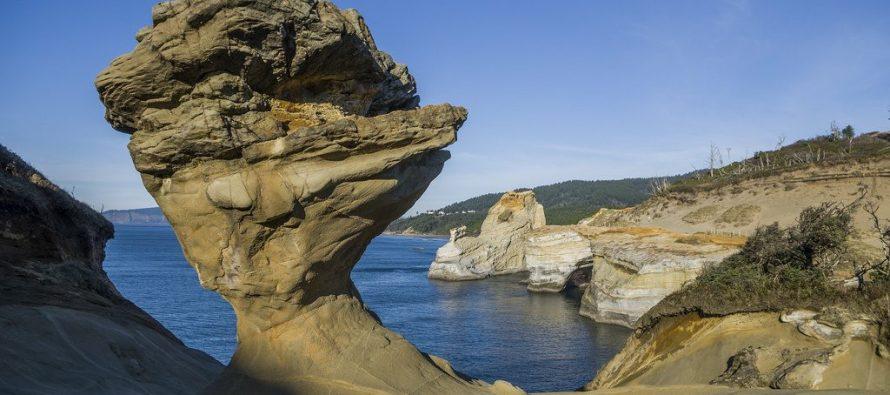 Vándalos derriban formación rocosa emblemática en Oregon, EU