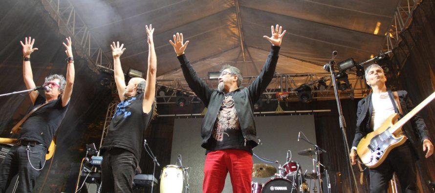 Botellita de Jerez celebra sus 33 años de rock chido
