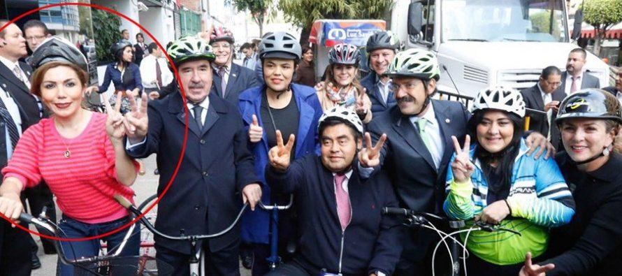 Diputados llegan en bici… y se van en camioneta, en Día Mundial sin Auto