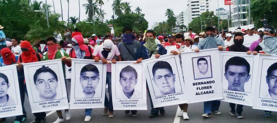 Protestan en Acapulco a dos años de los hechos de Ayotzinapa