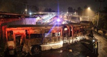 Dan 33 años de cárcel a sujeto que quemó Metrobús en Ciudad Universitaria