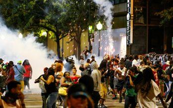 Segunda noche de protestas en Charlotte produce un herido de bala