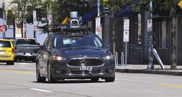 Uber desarrolla servicio de autos que se conducen solos