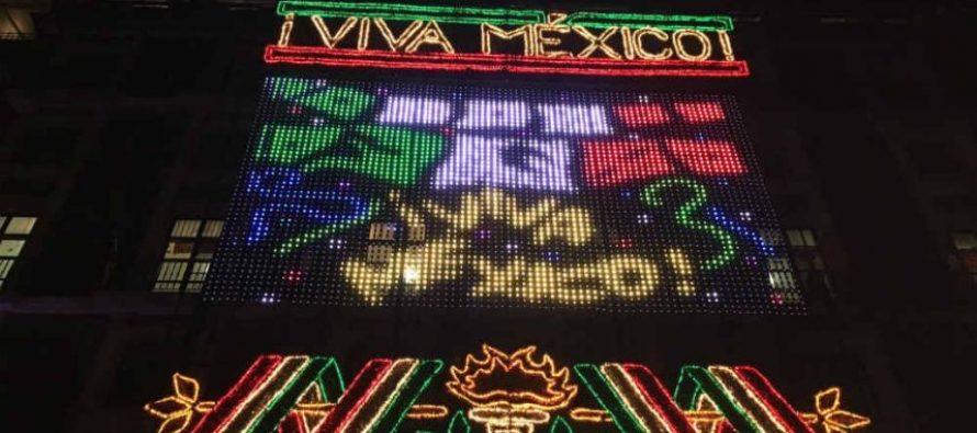 Encienden alumbrado de Fiestas Patrias en distintos puntos de la CDMX