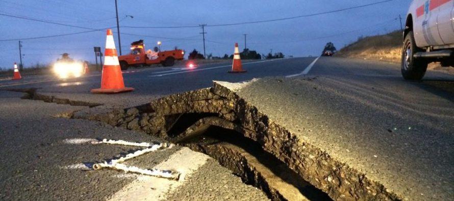 Autoridades mantienen alerta ante posible gran sismo en sur de California