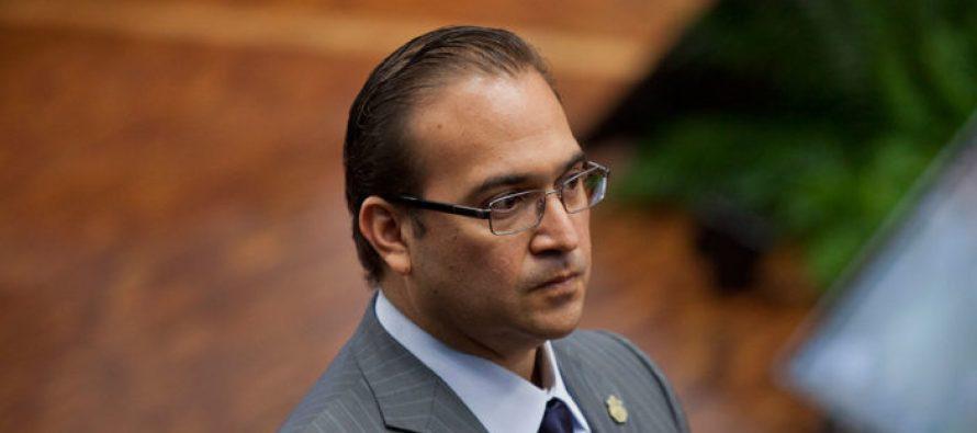 Javier Duarte ya habría escapado en un helicóptero oficial: Yunes Linares
