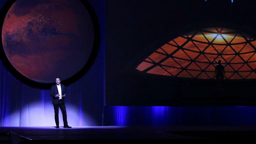 Musk dijo que SpaceX llegaría primero a Marte