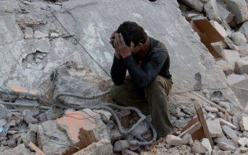 Siguen los enfrentamientos en Alepo; cohetes dejan 38 civiles muertos