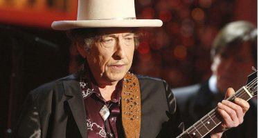 """Bob Dylan ya aceptó el Premio Nobel de Literatura; """"Aquí estoy"""", dijo"""