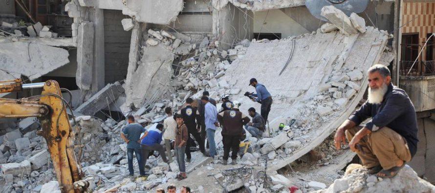 Bombardeos a escuela siria causan 22 niños y seis profesores muertos