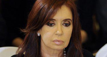 Justicia argentina sigue proceso contra Cristina Fernández por operación fraudulenta