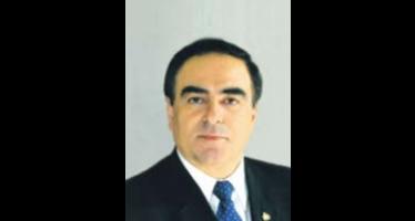 Sobre la unidad de mando presidencial</span></p>VOCES OPINIÓN Por: Lic. Mouris Salloum George