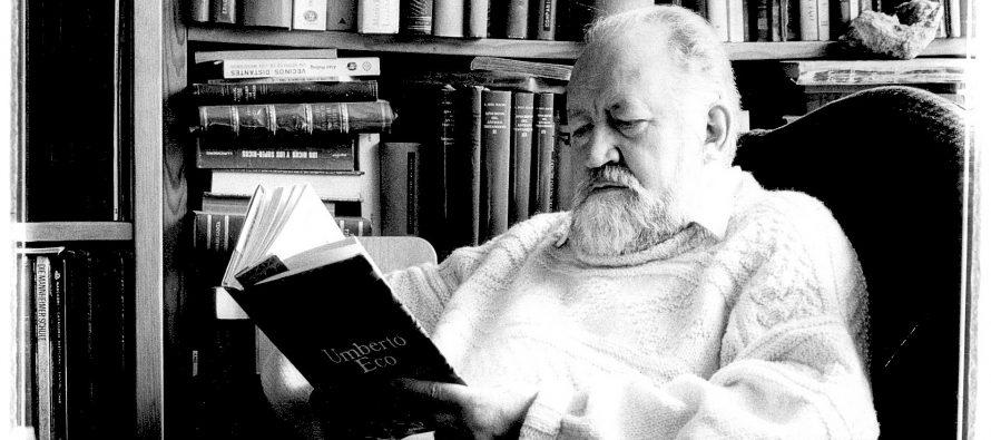 Biblioteca de Ernesto de la Peña es donada al Centro de Estudios de Historia de México
