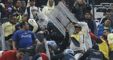 Abren investigación por trifulca en el Azteca durante partido América-Chivas