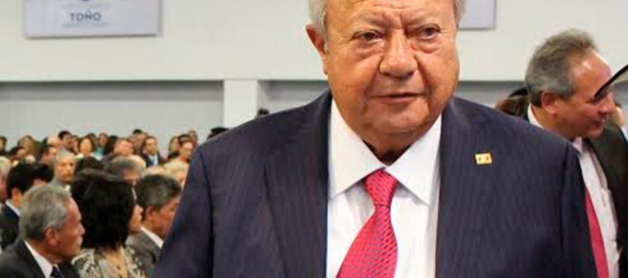Petroleros piden suspensión de derechos partidistas a Romero Deschamps
