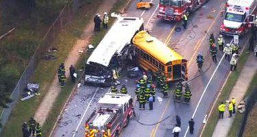 Choque de autobús escolar contra otro de pasajeros deja seis muertos en Baltimore