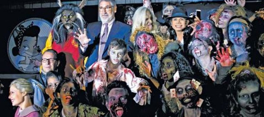 John Landis recibe homenaje por Thriller en el Mórbido Fest