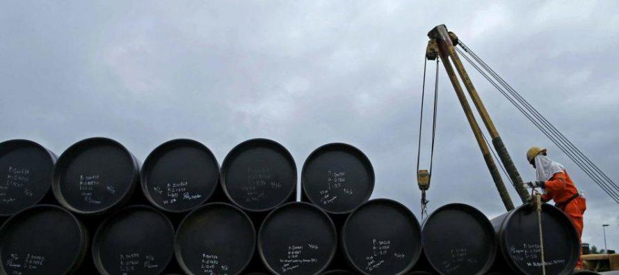 Falta de petróleo venezolano suspende dos proyectos petroquímicos en Cuba