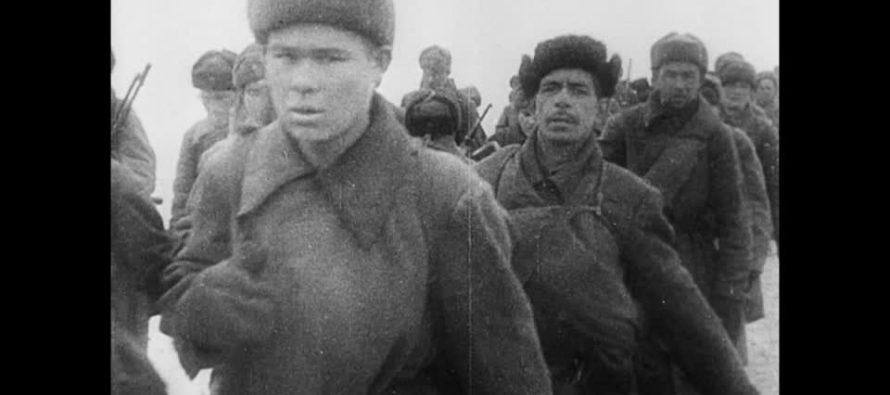 Mexicano rescata en subastas medallas de héroes soviéticos para devolverlas a familiares