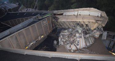 Trenes chocan en Florida y tiran 15 mil galones de combustible