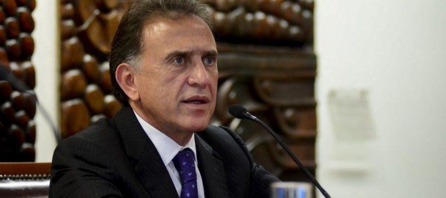 Anuncia Yunes depuración de notarías en Veracruz