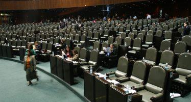 Dejan varios pendientes los diputados y senadores en este 2016