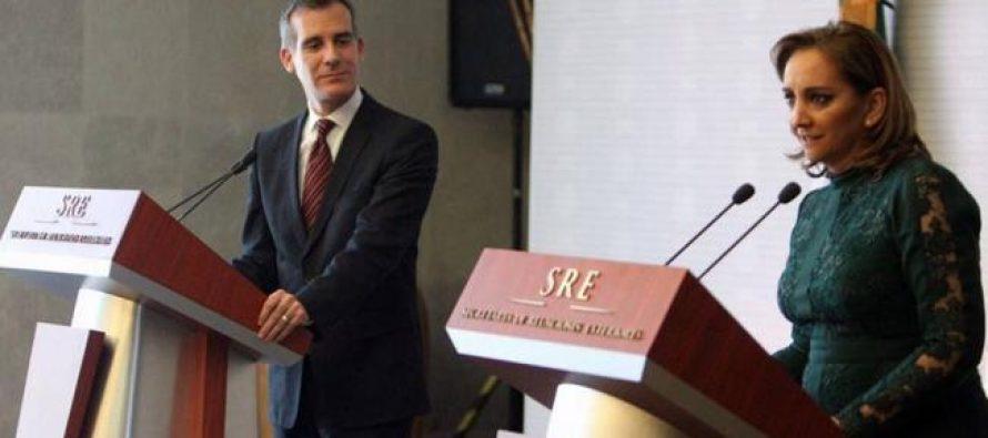 Unos 60 mil mexicanos podrán recibir su residencia en Los Ángeles: alcalde Garcetti