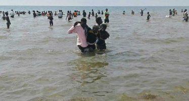 Embarcación naufraga en el Lago Alberto con jugadores de futbol; calculan 30 muertos