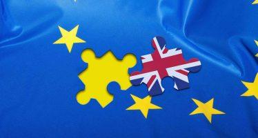 Parlamento británico vota para que Brexit inicie a más tardar el 31 de marzo de 2017