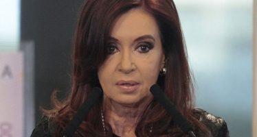 Retoman causa que investigaba fiscal Nisman contra Cristina Fernández