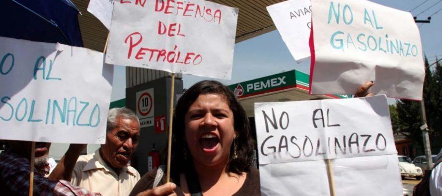 Desabasto de gasolina en todo el país; consumidores molestos por gasolinazo