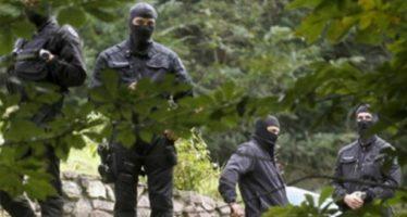 Detienen en Francia a cinco presuntos terroristas de ETA; guardaban armas