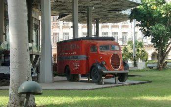 Reabren el Memorial Granma, exhibición de vehículos y armas de la Revolución Cubana