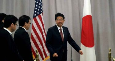 Primer ministro de Japón ofrece condolencias por muertos en Pearl Harbor