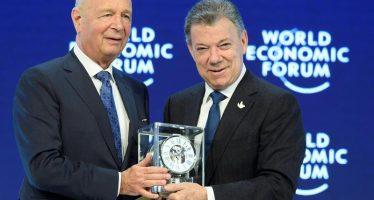 Presidente Santos de Colombia recibe premio al Estadista Mundial del Año