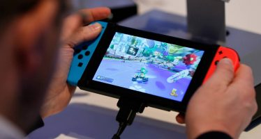 Llega Switch, la nueva consola de juegos de Nintendo; su alto precio no convence