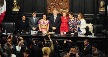 Asamblea Constituyente concluye trabajos parlamentarios con sesión solemne
