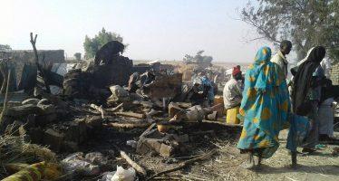 Ejército de Nigeria bombardea campo de refugiados y causa al menos 50 muertos