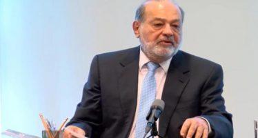 """El mejor muro """"son las inversiones, acciones y empleos en México"""", dice Slim"""