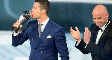 Ronaldo gana premio FIFA The Best al mejor jugador del mundo