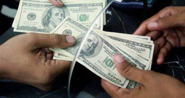 Dólar se vende hasta en 22.17 pesos en bancos de la CDMX