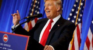 """México pagará muro con impuestos, insiste Trump; hackeo """"nunca tuvo que haber ocurrido"""""""