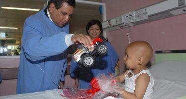 Fidel Herrera regresa a defenderse de acusaciones por mal tratamiento a niños con cáncer